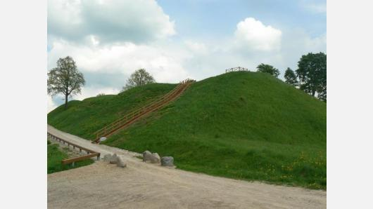 Piliakalniai – ankstyvosios Lietuvos simbolis