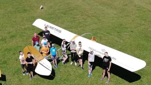 Vaikų aviacijos akademijos Zarasų eskadrilėje vasara atveria dangų