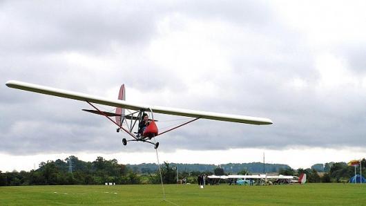 Broniaus Oškinio vaikų aviacijos akademija kviečia atrasti vaikų aviaciją