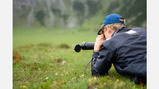 Jaunasis ornitologas gamtos tyrimų žinias gilino Šveicarijos Alpėse