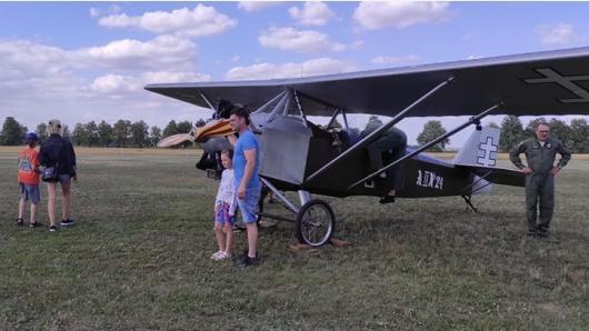 Broniaus Oškinio vaikų aviacijos akademijoje vyko atvirų durų diena